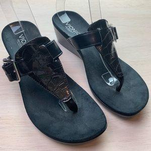 Vionic   black wedge sandal
